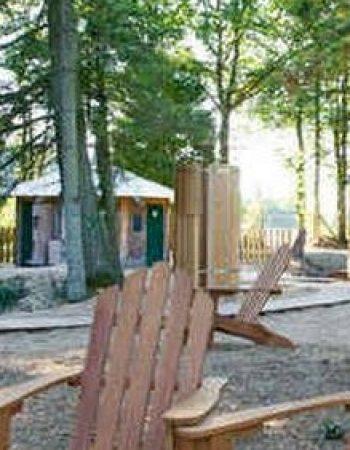 huttopia-camping-village-baignade-espace-bien-etre-600x500-1-600x0-c